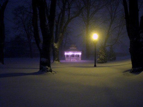 The gazebo at the corner of Lakeshore and Southern during the big snow storm on the morning of December 19, 2008.