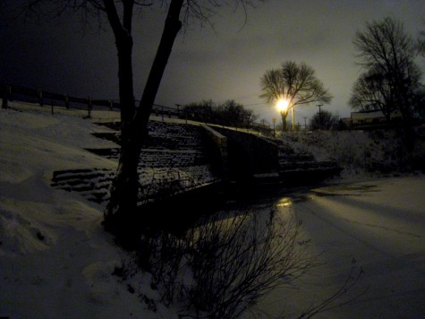 the bridge on the north side of Muskegon's Ruddiman Pond on the morning of December 18, 2008