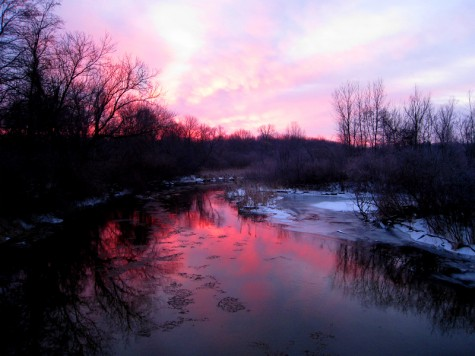 A sunrise on the Muskegon River in early February 2010